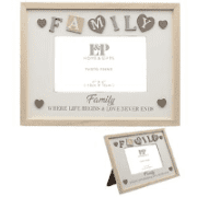 Sentiments family photo frame with hearts