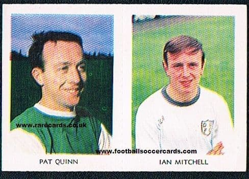 1967 A&BC Scottish coloured pair 28 Mitchell Dundee U & 7 Pat Quinn Hibs Blackpool Motherwell