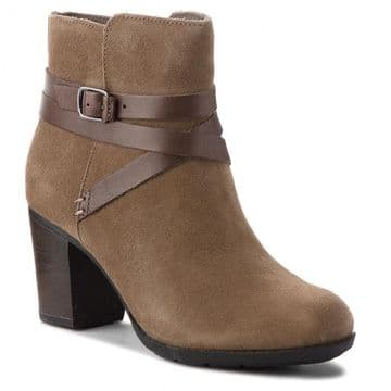 Clarks 'Enfield Coco' Women's Suede Ankle Boots - Olive D