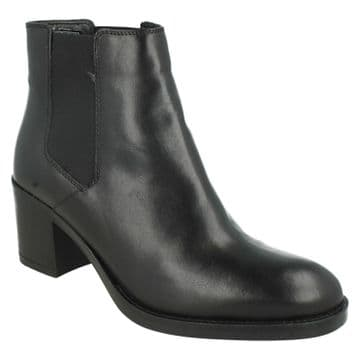 Clarks 'Mascarpone Bay' Women's Heeled Ankle Boots - Black Leather D