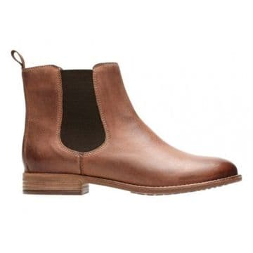 Clarks 'Maypearl Nala' Women's Chelsea Boots - Dark Tan Leather D
