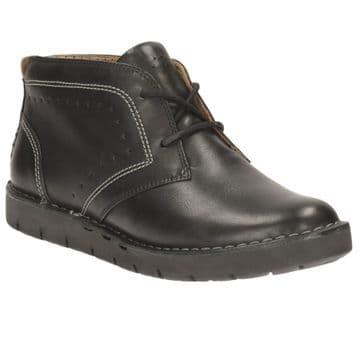 Clarks 'Un Astin' Women's Lace Up Ankle Boots - Black Leather D