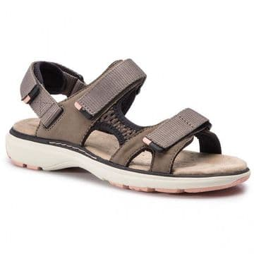 Clarks 'Un Roam Step' Women's Active Sandals - Taupe Nubuck D