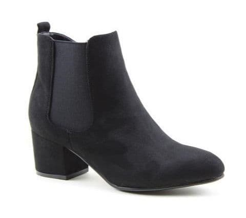 Heavenly Feet 'Wave 2' Women's Ankle Boots - Black Faux Suede