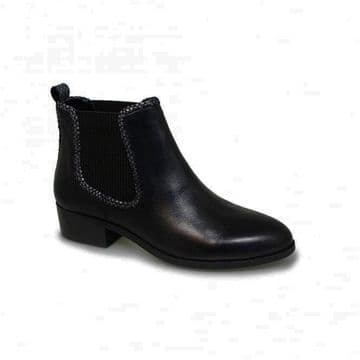 Lunar 'Demi' Women's Chelsea Boot - Black