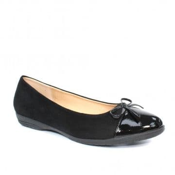 Lunar 'Fletcher' Women's Patent Toe Pump - Black