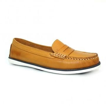 Lunar 'Manuela' Women's Leather Boat Shoe - Mustard