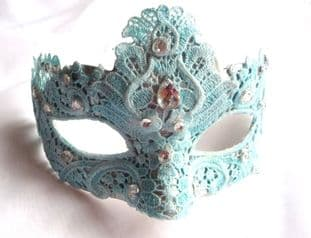 Baby Blue lace Petite Mask (1a)