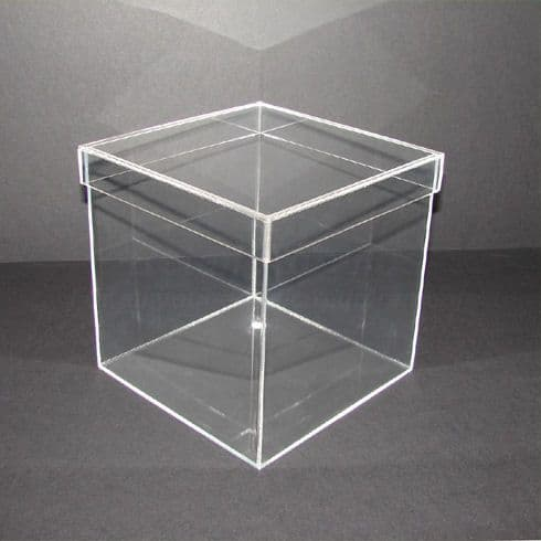 10cm - Clear Acrylic Cube with Lid